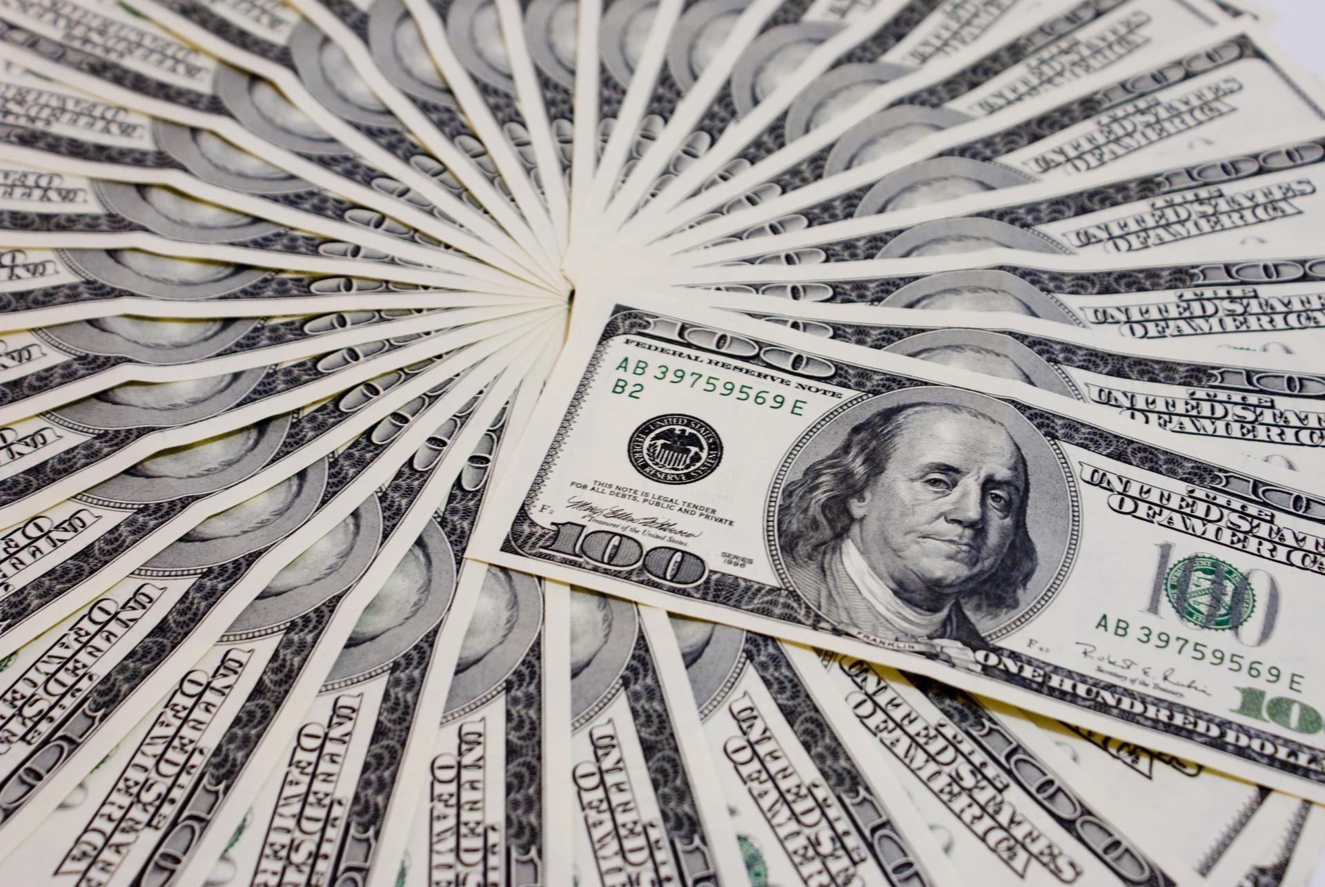 money dream meaning, dream about money, money dream interpretation, seeing in a dream money