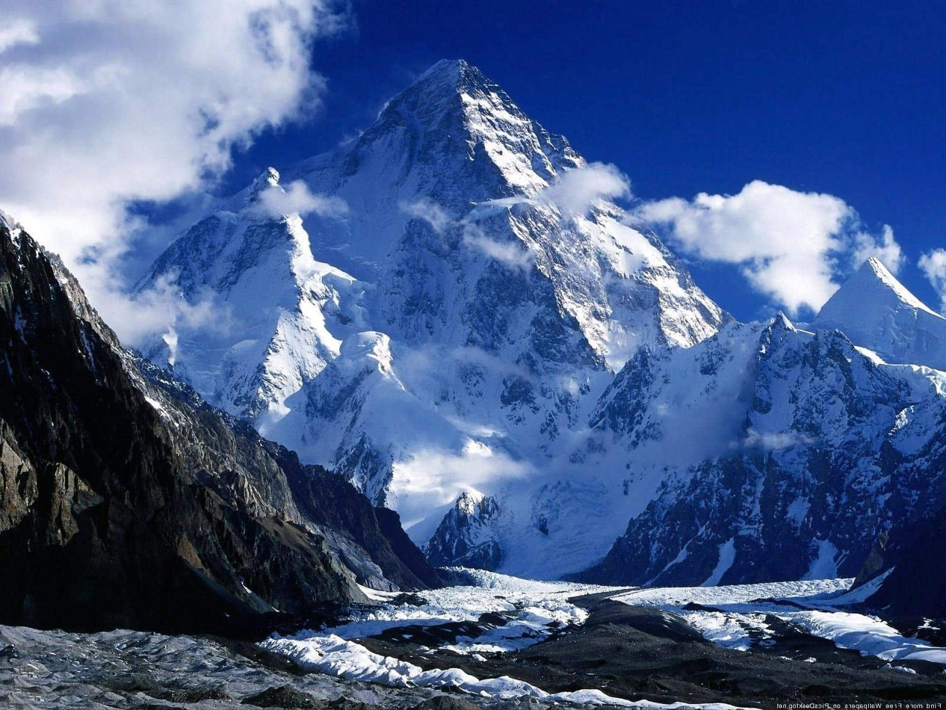 Mountain Dream Meaning