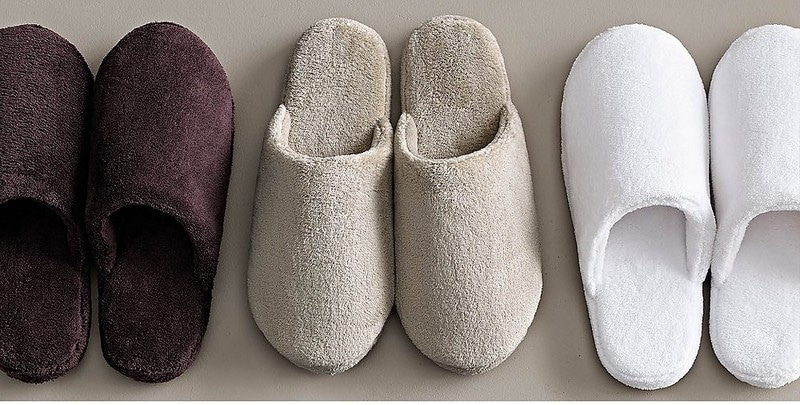slippers dream meaning, dream about slippers, slippers dream interpretation, seeing in a dream slippers