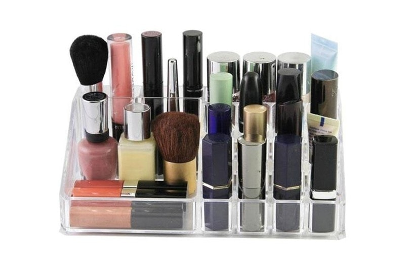 make-up dream meaning, dream about make-up, make-up dream interpretation, seeing in a dream make-up